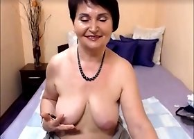 webcam granny nikol