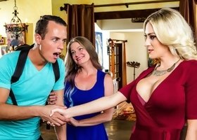 Digital Playground – My Mom's Best Friend