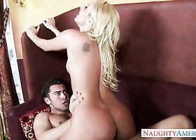 Good looking blonde chick Aaliyah Love gets drilled by Seth Gamble