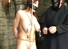 Tempting Mallory Knots performing in BDSM action