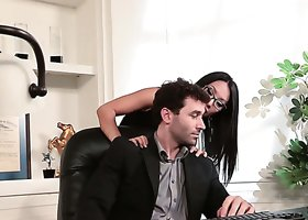 Legendary Asa Akira fucking damn dirty in the office sex movie