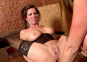 Darla Crane and Veronica Avluv in a Holy Threesome
